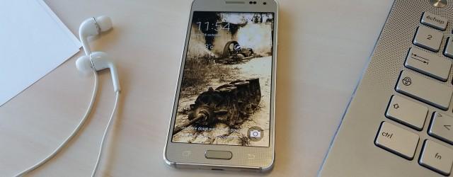 Voilà plusieurs mois que la critique et les consommateurs attendaient un changement chez le constructeur sud-coréen. Depuis l'arrivée du Galaxy S3 et son design «Inspired by Nature», Samsung s'était quelque […]